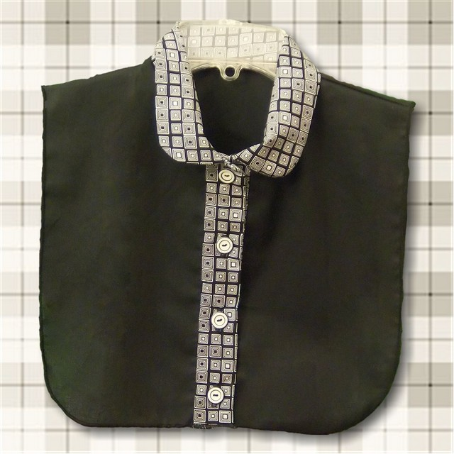 Geometric  Print Rounded Traditional Shirt Collar Dickey with Separate Buttonstand